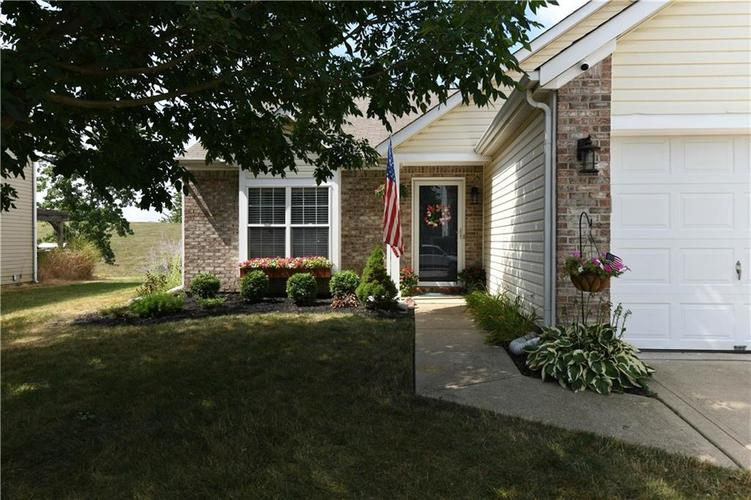 12353 Carriage Stone Drive Fishers, IN 46037 | MLS 21660266 | photo 1