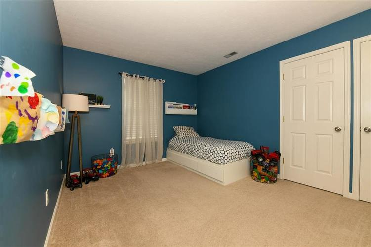 12353 Carriage Stone Drive Fishers, IN 46037 | MLS 21660266 | photo 7