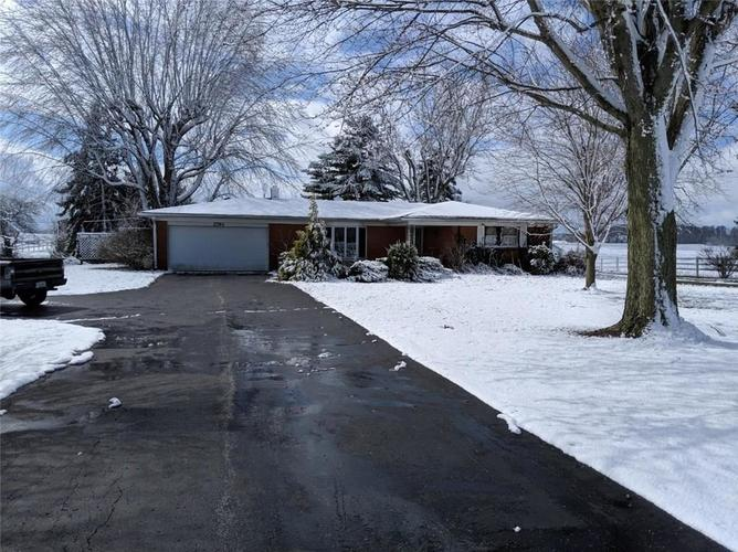 2793 W US Highway 36 Danville, IN 46122 | MLS 21660292 | photo 1