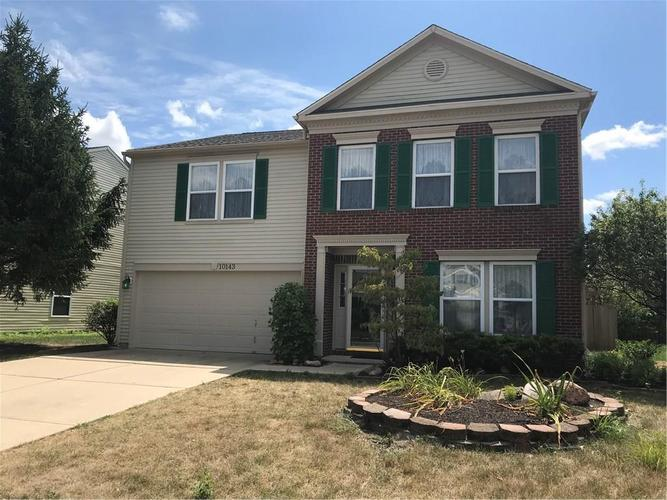 10143 Holly Berry Circle Fishers, IN 46038   MLS 21660295   photo 1
