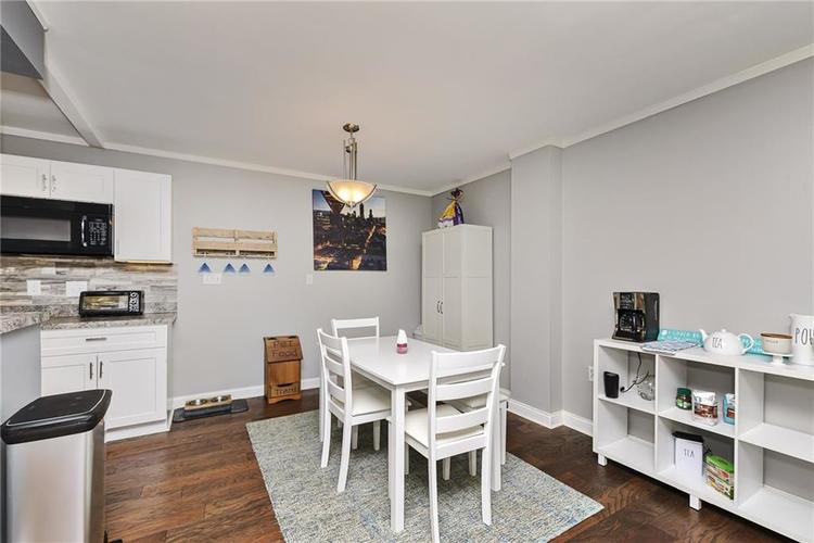 25 E 40th Street #1J Indianapolis, IN 46205 | MLS 21660309 | photo 11