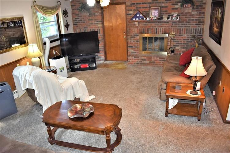 8343 Mills Road Indianapolis, IN 46241 | MLS 21660336 | photo 10