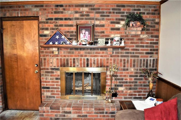 8343 Mills Road Indianapolis, IN 46241 | MLS 21660336 | photo 12