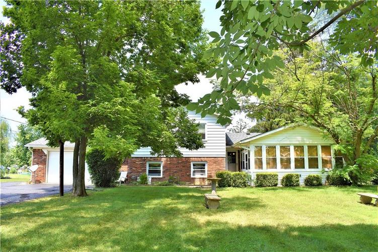8343 Mills Road Indianapolis, IN 46241 | MLS 21660336 | photo 2