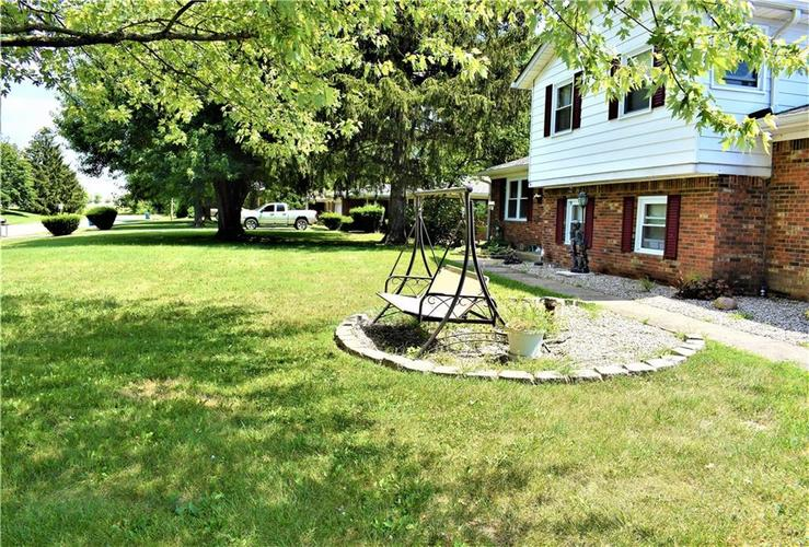 8343 Mills Road Indianapolis, IN 46241 | MLS 21660336 | photo 23