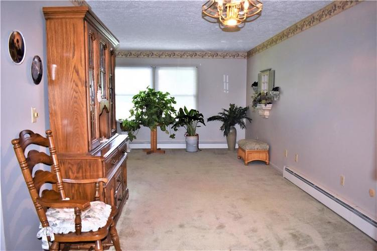 8343 Mills Road Indianapolis, IN 46241 | MLS 21660336 | photo 7
