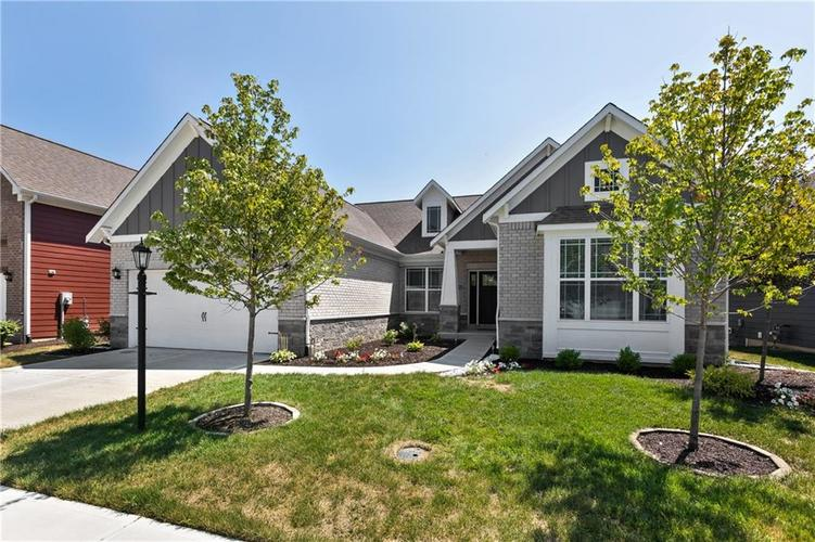 10131 Solace Lane Indianapolis, IN 46280 | MLS 21660356 | photo 2
