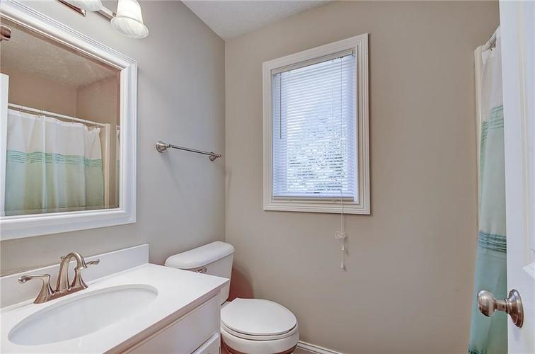 5440 Buttonwood Drive Noblesville, IN 46062 | MLS 21660363 | photo 15