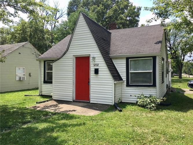 1202 S Chester Avenue Indianapolis, IN 46203 | MLS 21660402 | photo 1