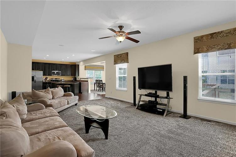 10859 Meadow Wing Court Noblesville, IN 46060   MLS 21660406   photo 16
