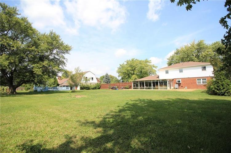 1111 W HANNA Avenue Indianapolis, IN 46217 | MLS 21660470 | photo 25