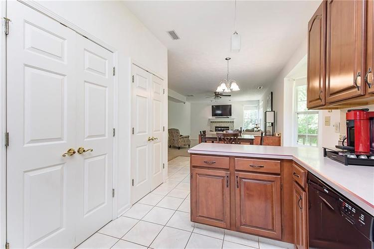 5657 Rundle Court Indianapolis, IN 46220 | MLS 21660474 | photo 17