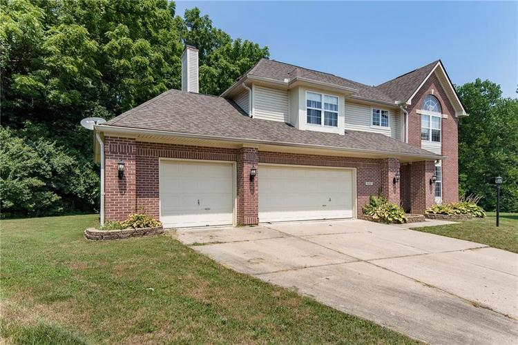 5657 Rundle Court Indianapolis, IN 46220 | MLS 21660474 | photo 3