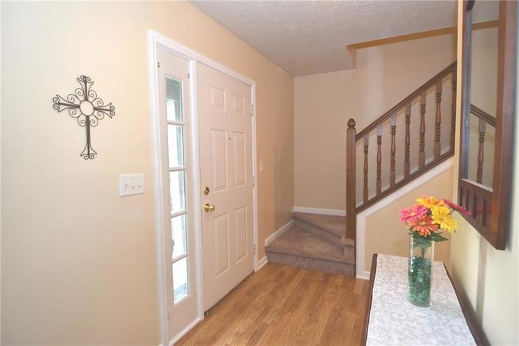 5116 Millwright Court Indianapolis, IN 46254 | MLS 21660496 | photo 2