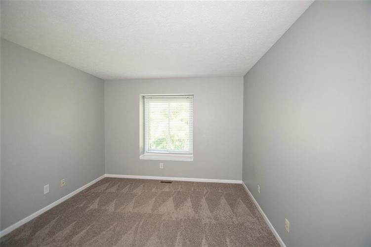 7026 SEA OATS Lane Indianapolis, IN 46250 | MLS 21660554 | photo 29