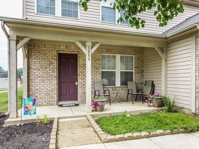 5664 Sweet River Drive Indianapolis, IN 46221 | MLS 21660586 | photo 2