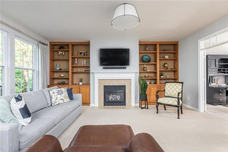 6548 Briarwood Place Zionsville, IN 46077 | MLS 21660629 | photo 7