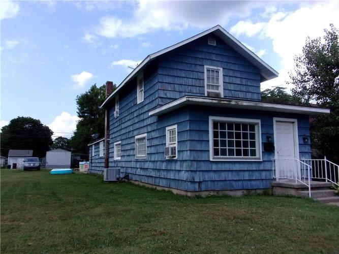 2512 N A Street Elwood, IN 46036 | MLS 21660710 | photo 2