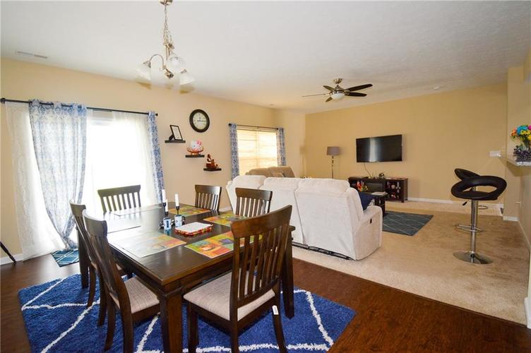 2596 Sungold Trail Greenwood, IN 46143 | MLS 21660724 | photo 8