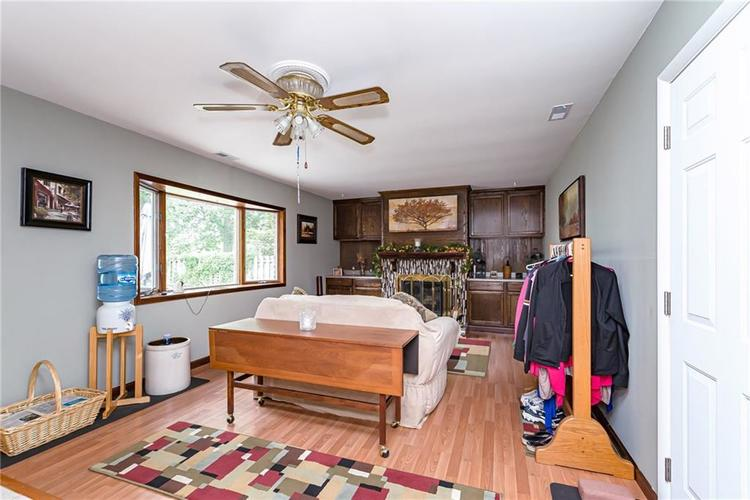 1114 N GIBSON Avenue Indianapolis, IN 46219 | MLS 21660756 | photo 13