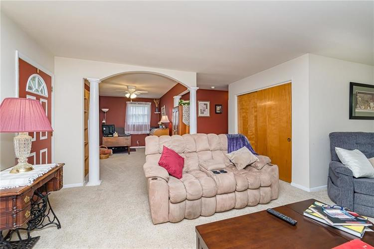 1114 N GIBSON Avenue Indianapolis, IN 46219 | MLS 21660756 | photo 4