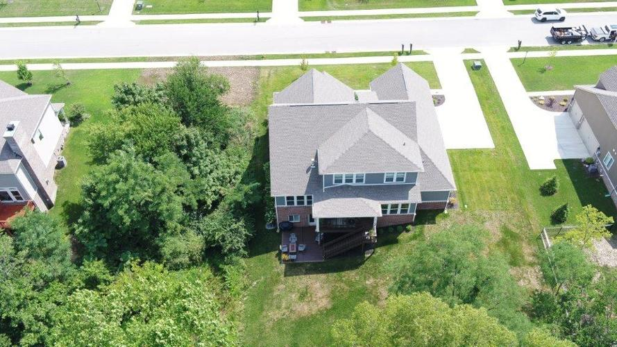 16326 Hunting Meadow Drive Fishers, IN 46040 | MLS 21660823 | photo 35