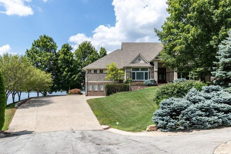 8211 Lake Springs Court Indianapolis, IN 46236 | MLS 21660855 | photo 1