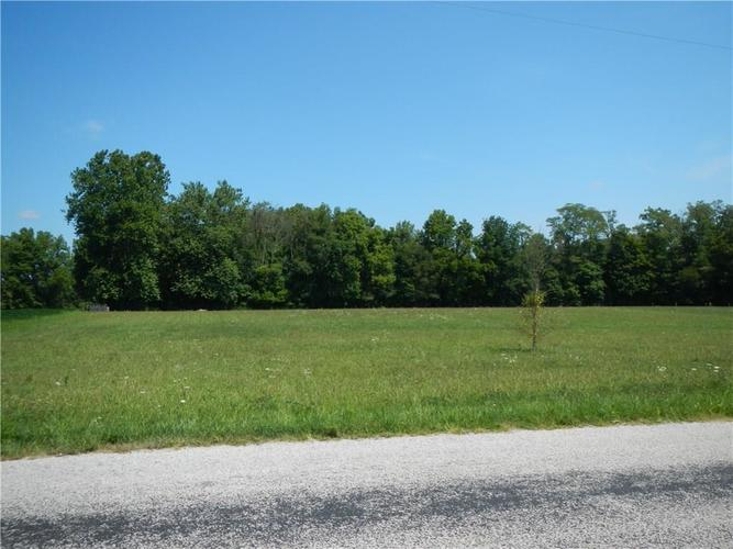 4136 E County Line Road Mooresville, IN 46158 | MLS 21660858 | photo 2