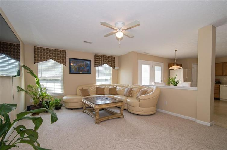 3155 Cluster Pine Drive Indianapolis, IN 46235 | MLS 21660879 | photo 11