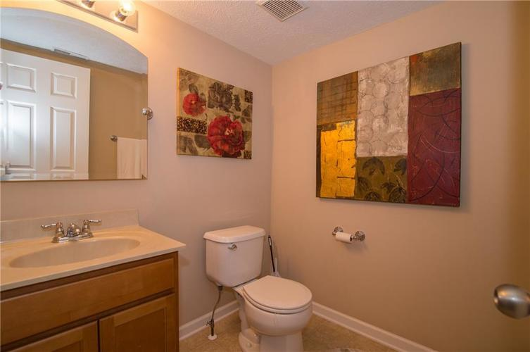 3155 Cluster Pine Drive Indianapolis, IN 46235 | MLS 21660879 | photo 13