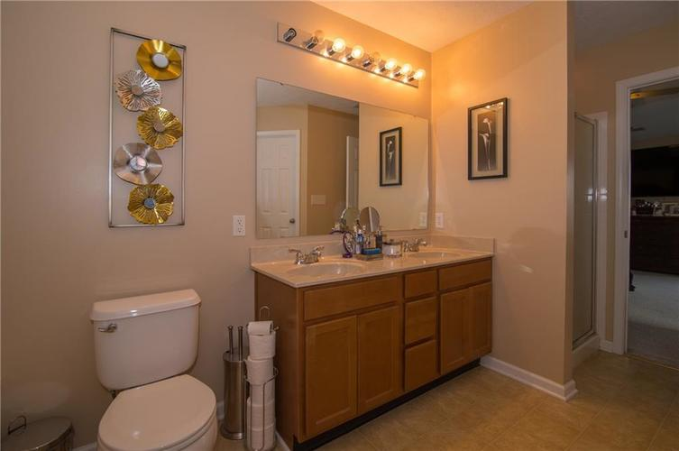 3155 Cluster Pine Drive Indianapolis, IN 46235 | MLS 21660879 | photo 18