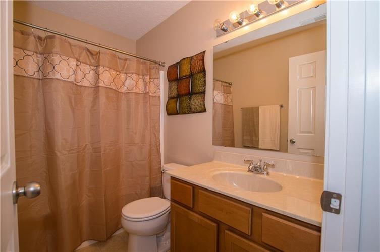 3155 Cluster Pine Drive Indianapolis, IN 46235 | MLS 21660879 | photo 21