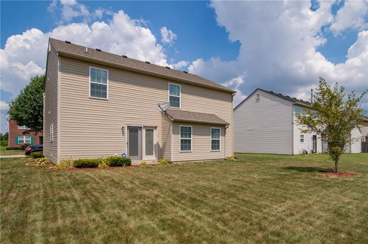 3155 Cluster Pine Drive Indianapolis, IN 46235 | MLS 21660879 | photo 23