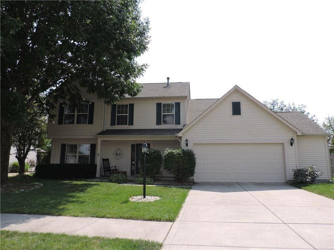 5547 Homestead Court Plainfield, IN 46168 | MLS 21660885 | photo 1