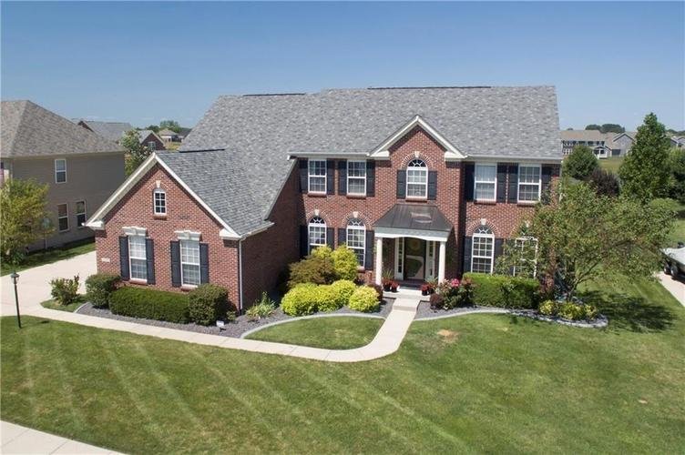 7640 Cross Creek Avon, IN 46123 | MLS 21660926 | photo 1