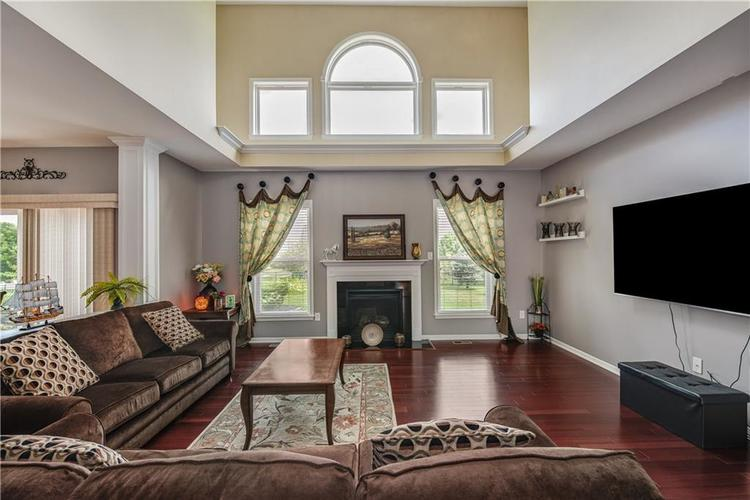 7640 Cross Creek Avon, IN 46123 | MLS 21660926 | photo 10