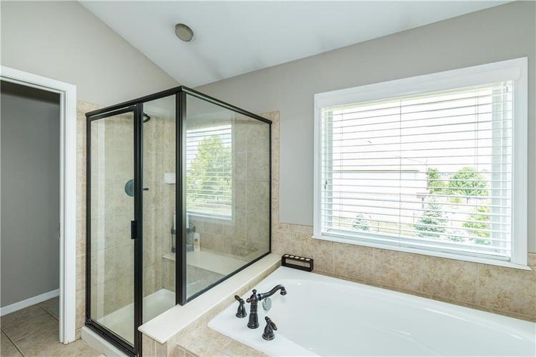 7640 Cross Creek Avon, IN 46123 | MLS 21660926 | photo 28