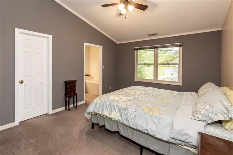 9225 Aintree Drive Indianapolis, IN 46250   MLS 21660964   photo 18