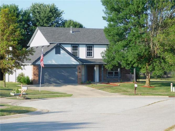 204 Ridgeview Court Mooresville, IN 46158 | MLS 21660968 | photo 1