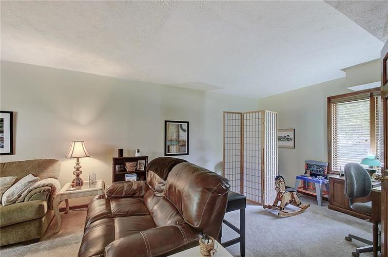 1710 Friendship Drive Indianapolis, IN 46217 | MLS 21660979 | photo 13