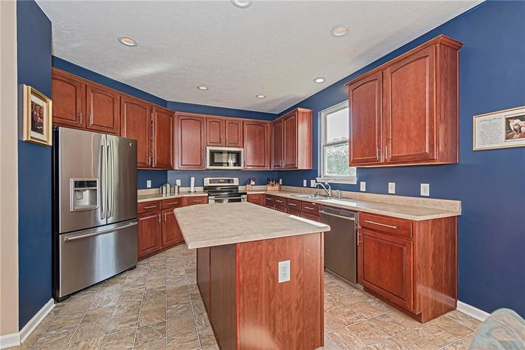 6153 Saw Mill Drive Noblesville, IN 46062 | MLS 21660996 | photo 12
