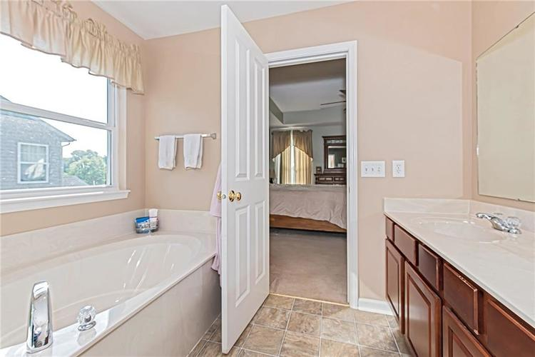 6153 Saw Mill Drive Noblesville, IN 46062 | MLS 21660996 | photo 21