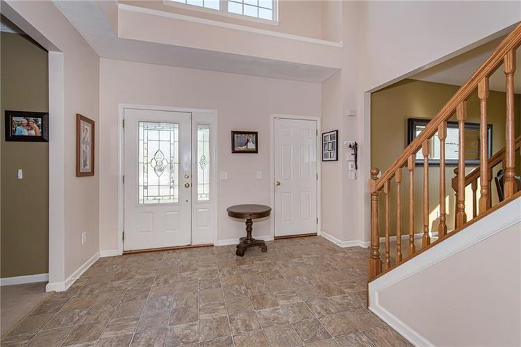 6153 Saw Mill Drive Noblesville, IN 46062 | MLS 21660996 | photo 3