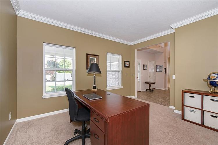 6153 Saw Mill Drive Noblesville, IN 46062 | MLS 21660996 | photo 6