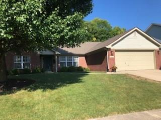 402 Greenbriar Drive Greenwood, IN 46142 | MLS 21661015 | photo 1