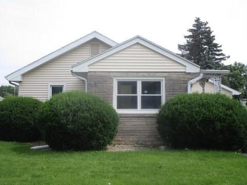 32 SOUTH Drive Anderson, IN 46013 | MLS 21661084 | photo 1