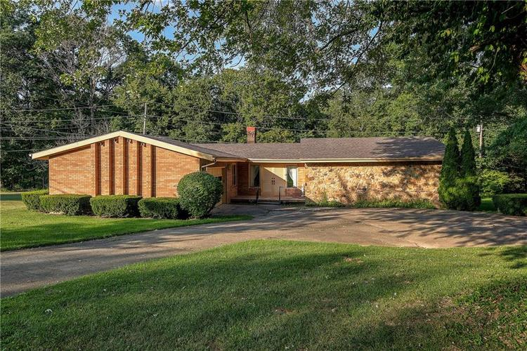 460 S Woodlawn Drive North Vernon, IN 47265 | MLS 21661096