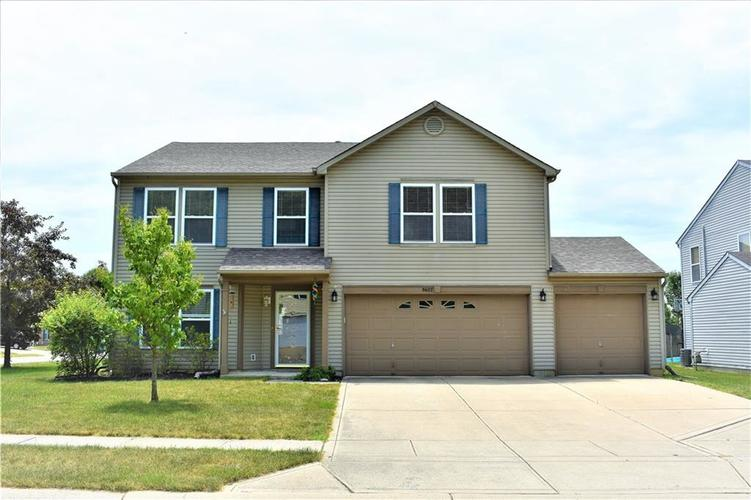 8607 Belle Union Drive Camby, IN 46113 | MLS 21661153 | photo 1