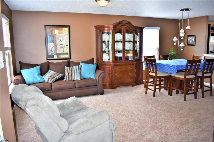 8607 Belle Union Drive Camby, IN 46113 | MLS 21661153 | photo 4