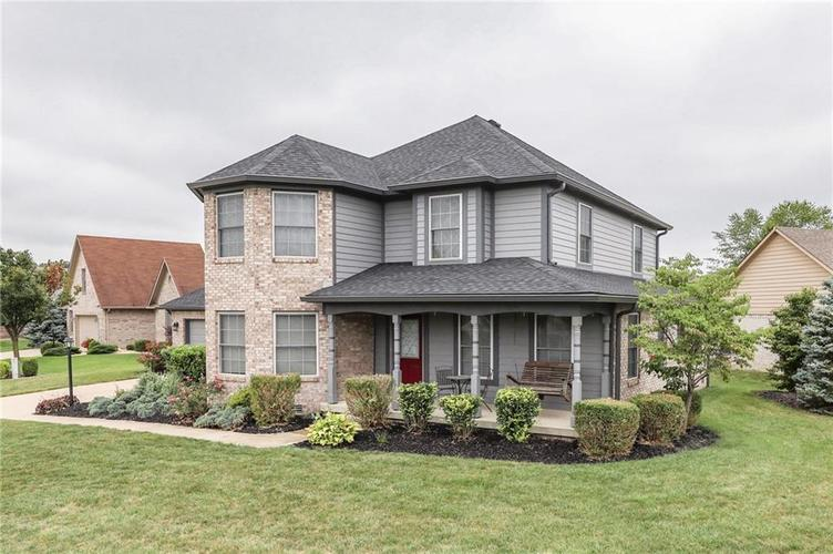 7702 Donnehan Court Indianapolis, IN 46217 | MLS 21661164 | photo 2